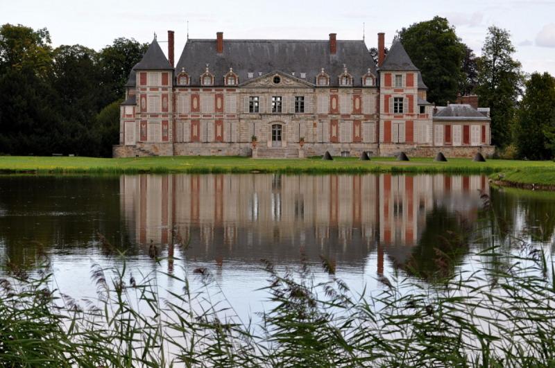 Chateau de Courson .