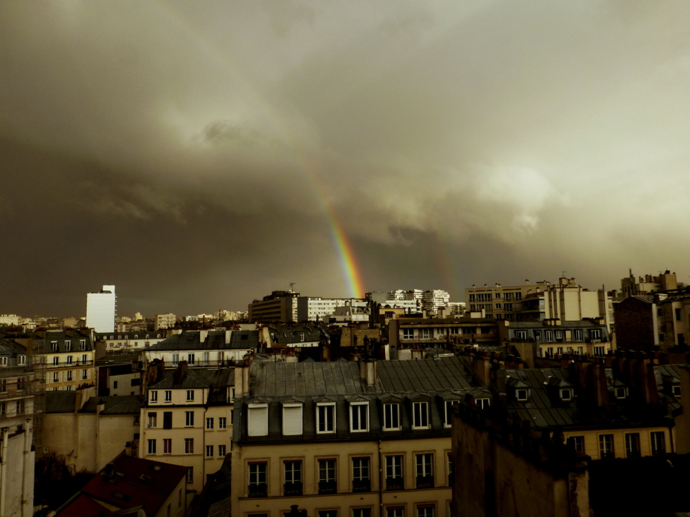 Rainbow on Paris.