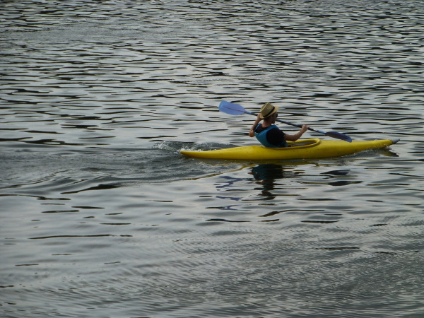 Kayak ....passer la Brèche . 1/3
