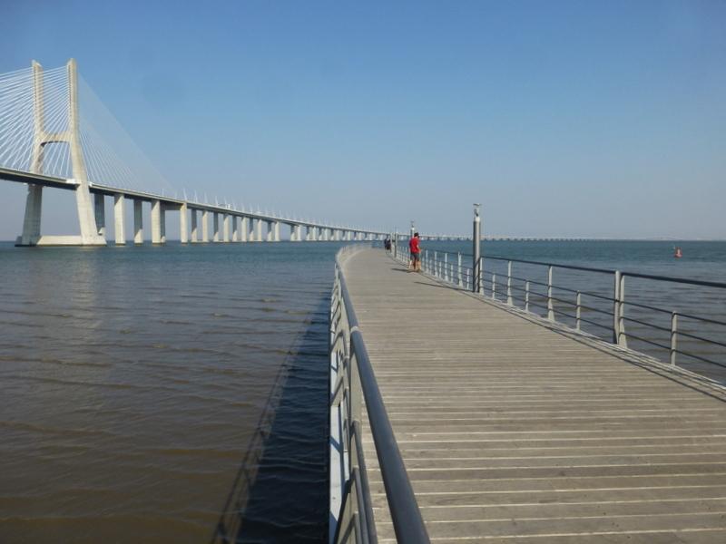 Pont et ponton de Lisbonne
