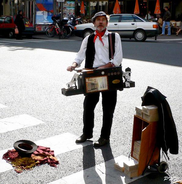 Paris Street Snap