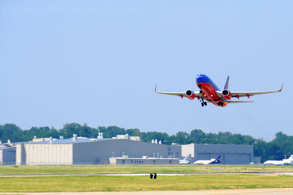 Southwest Airline Boeing 737 taking off