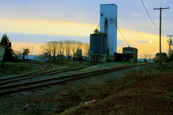 Industrial mill with train tracks in Conway, Ark.