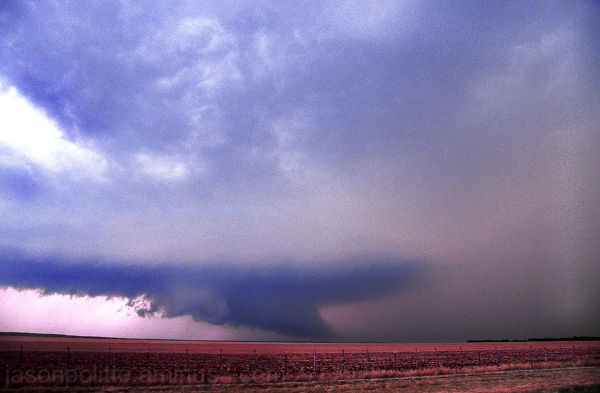 Supercell thunderstorm with wall cloud