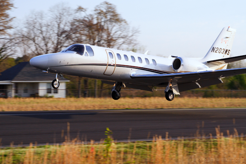 Cessna Citation N203WS landing at Cantrell Field