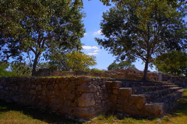 Dzibilchaltun mayan ruins and the open plaza