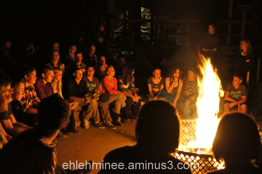 Students in Victory Circle at Hume Lake Christian