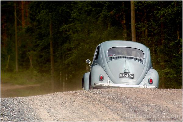 Tolmune tee, Dusty road