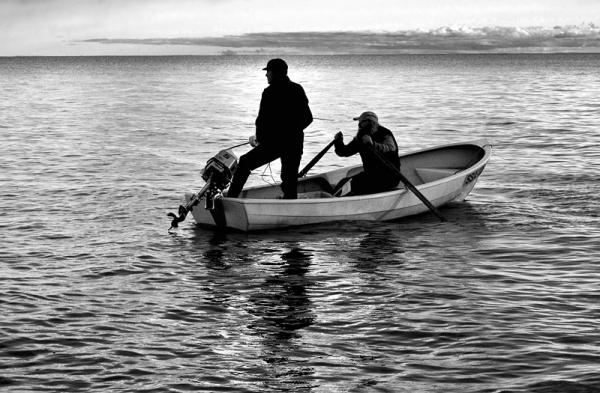Kaks meest paadis, Two men in a boat