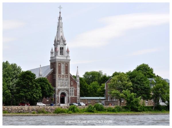 L'église d'Oka, Oka church