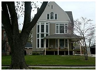 House  on Broad Street next door to Red Brick