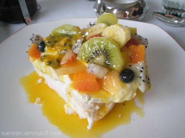 M by the Bund's dessert