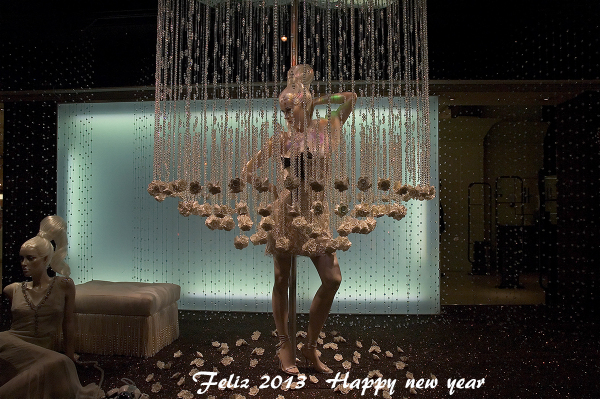 Feliz 2013. Happy new year.