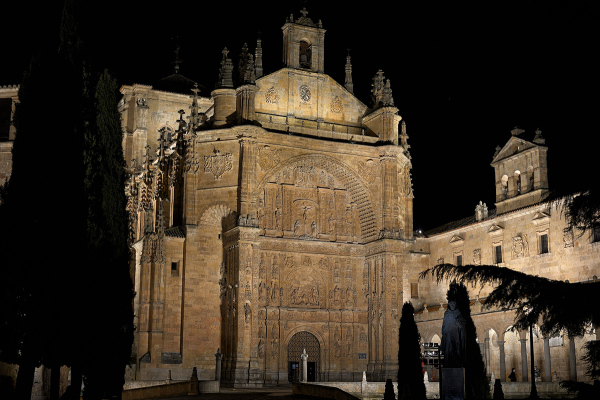 Luz y noche. Light and night in Salamanca. 2