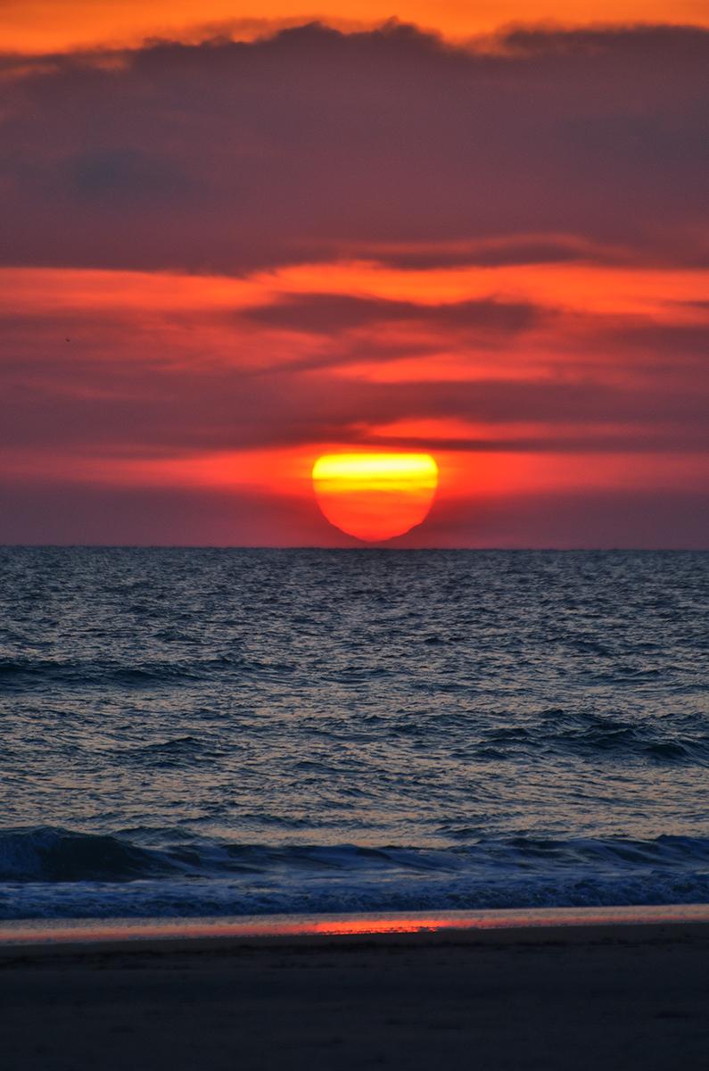 Puesta de sol. Sunset.