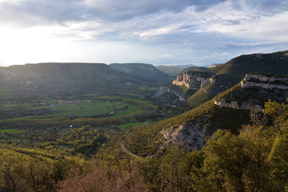 Atardecer sobre el valle. Sunset over the valley