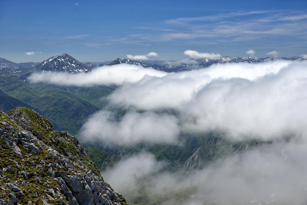 Llegada de las nubes. The arrival of the clouds #2