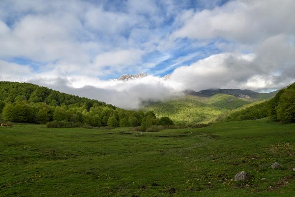 Nubes sobre Vegabaño. Clouds over the valley.