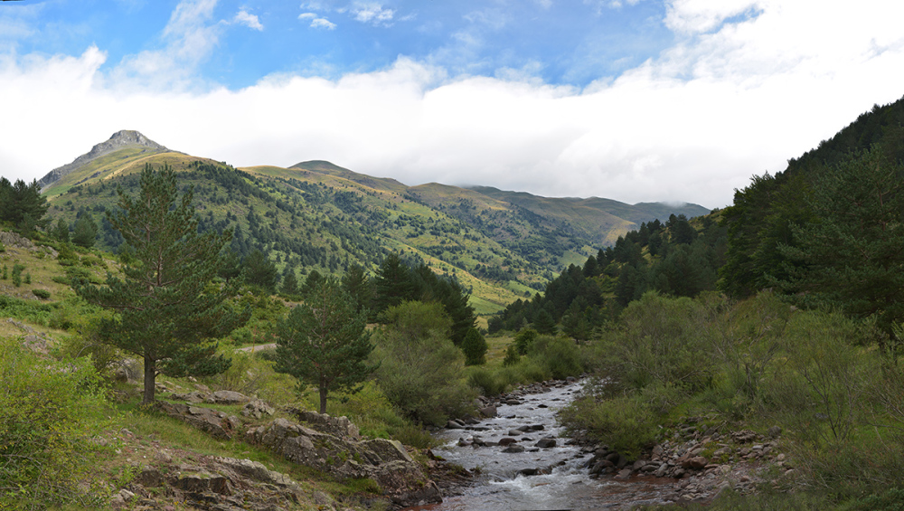 Ibon de Acherito. Acherito lake. Pyrenees #2
