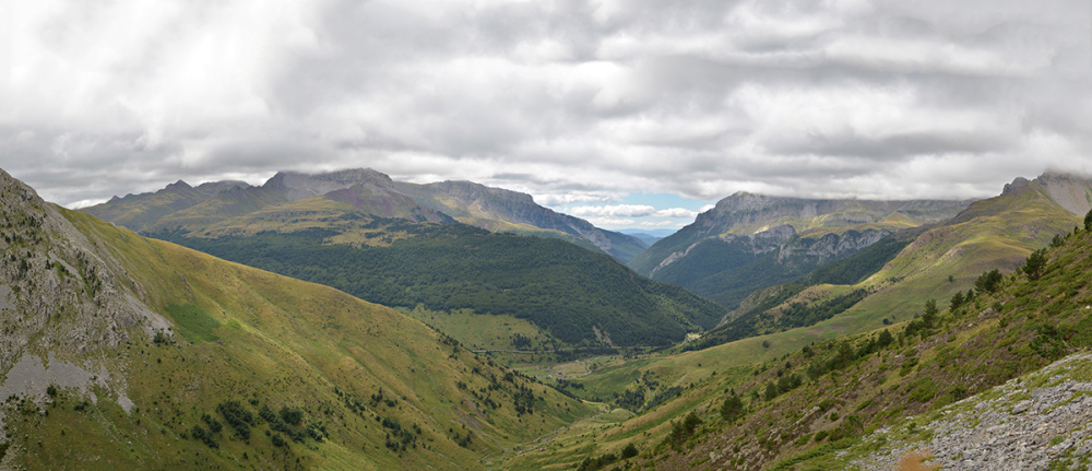 Ibon de Acherito. Acherito lake. Pyrenees #4