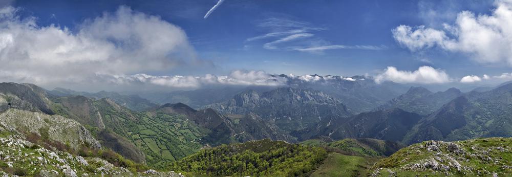 E$scena asturiana. A scene of Asturias