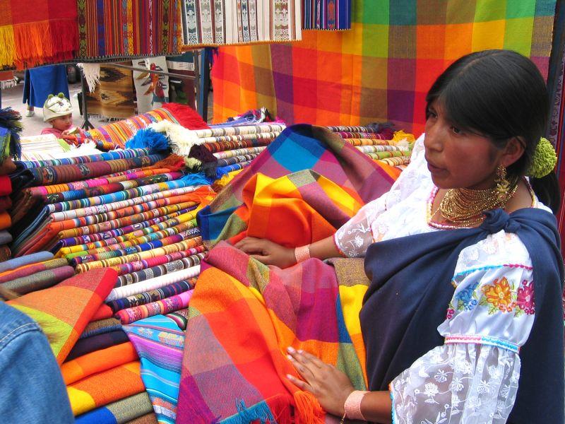 Indigena, mercado Otavalo, Ecuador