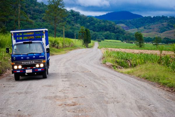 Headlights truck Costa Rica