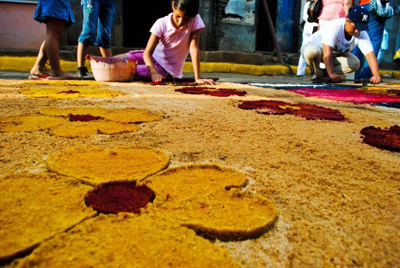 Flowers Leon Nicaragua sawdust carpets Easter