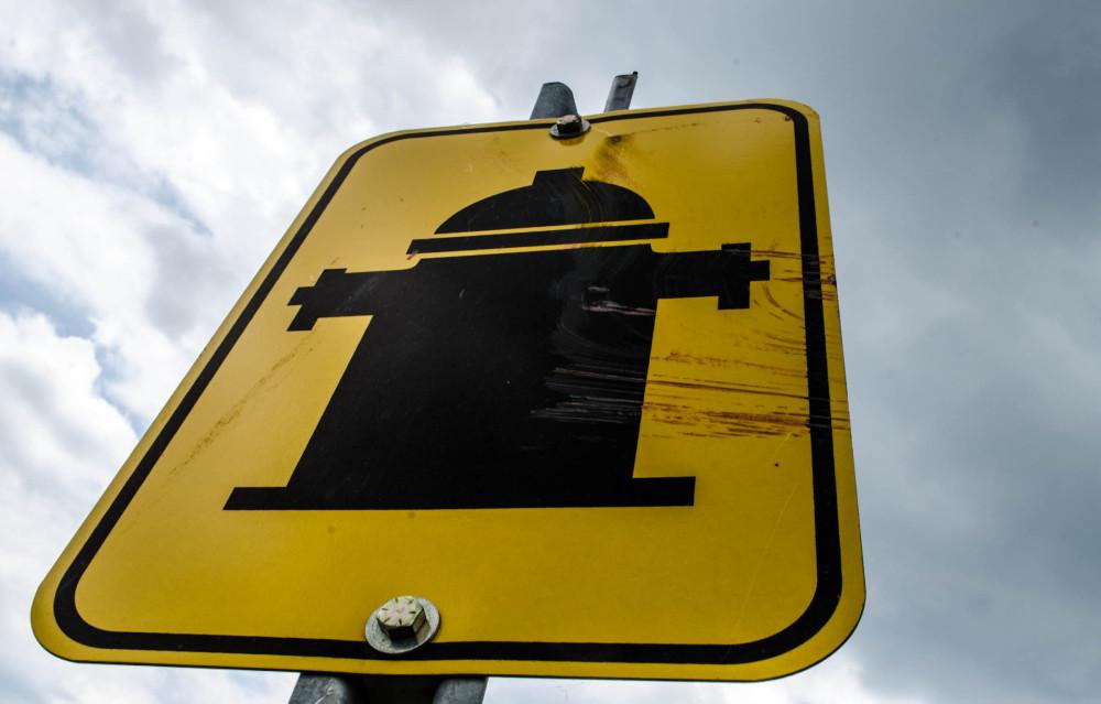 Streaked hydrant