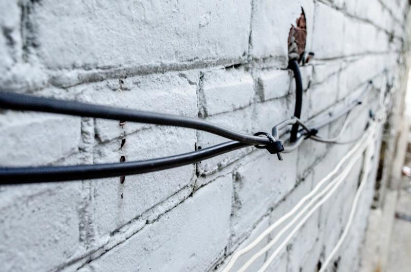 Twist in wire
