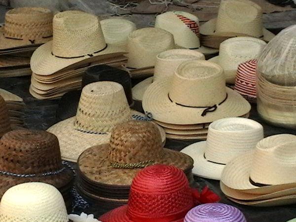 Sombreros callejeros - LRC
