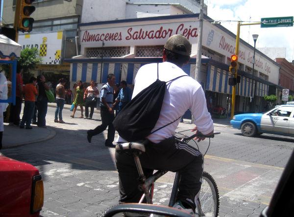 Bicicleteando al trabajo