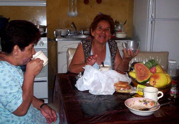 Desayuno en casa de la abuela - MM