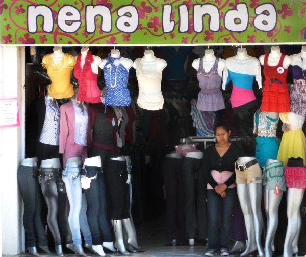 Vendedora de ropa - jlg