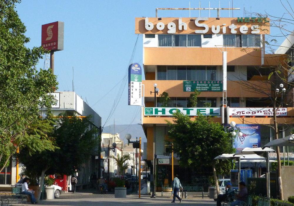 Hotel en el centro de la ciudad - jlg