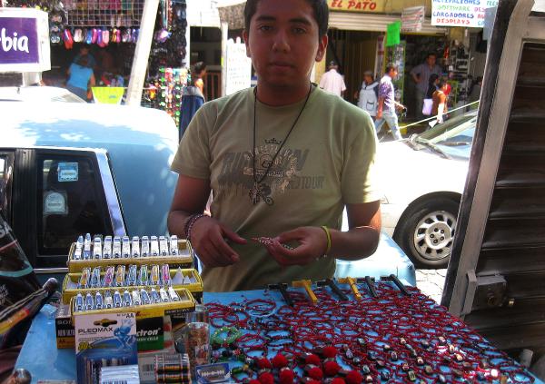 Vendedor de pulseras mágicas - jlg