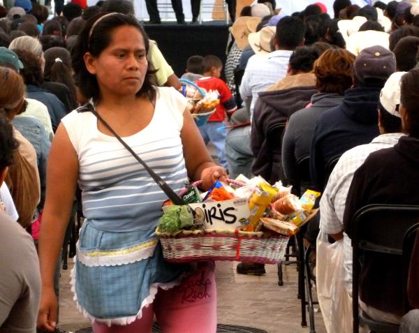Vendedora de dulces callejera - jlg