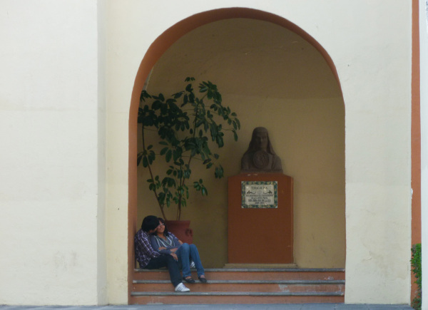 Bajo la mirada de Sor Juana - jlg