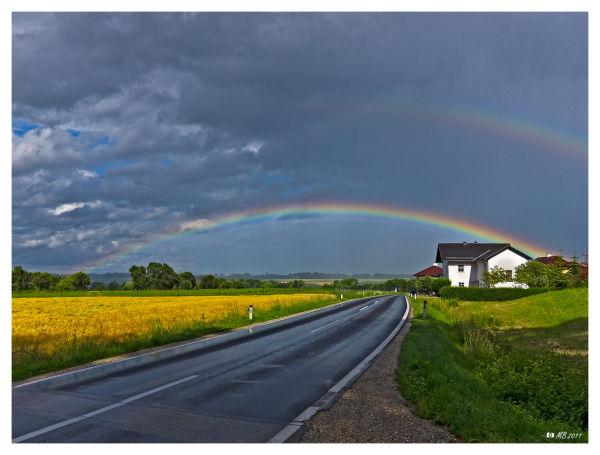 Lambach Regenbogen rainbow Straße street  Austria