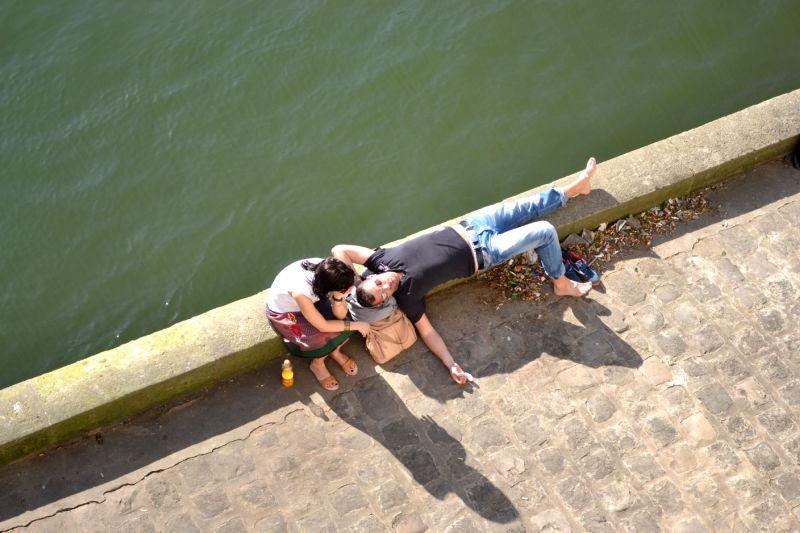 Repos au bord de la Seine
