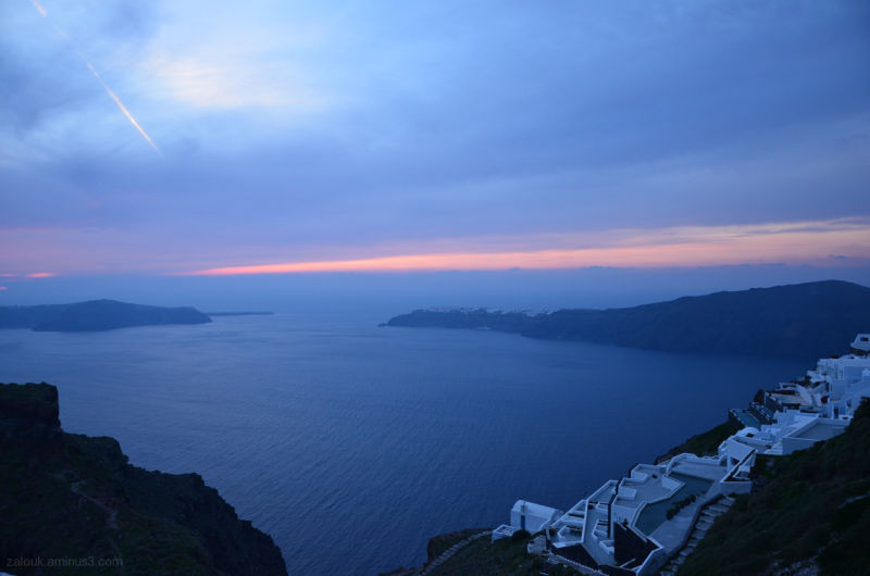 Cloudy sunset in Imerovigli