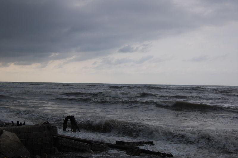 ابر و باد و دریا