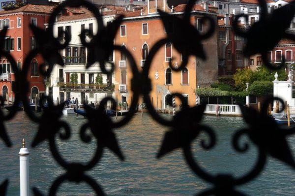Through the window -Venezia-