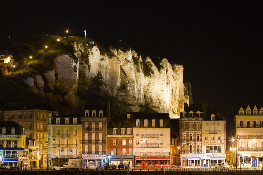 Normandie, Tréport de nuit.