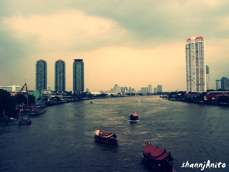 Another view of Chao Phraya