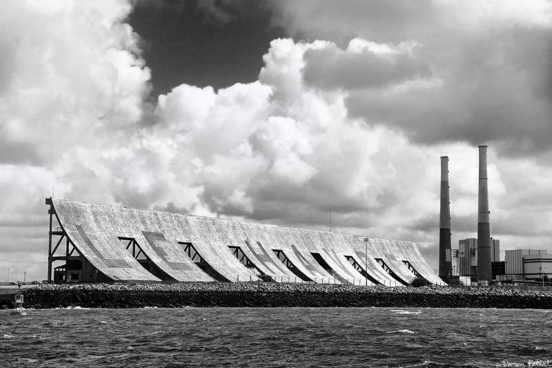 Havre port autonome brise vent bateau