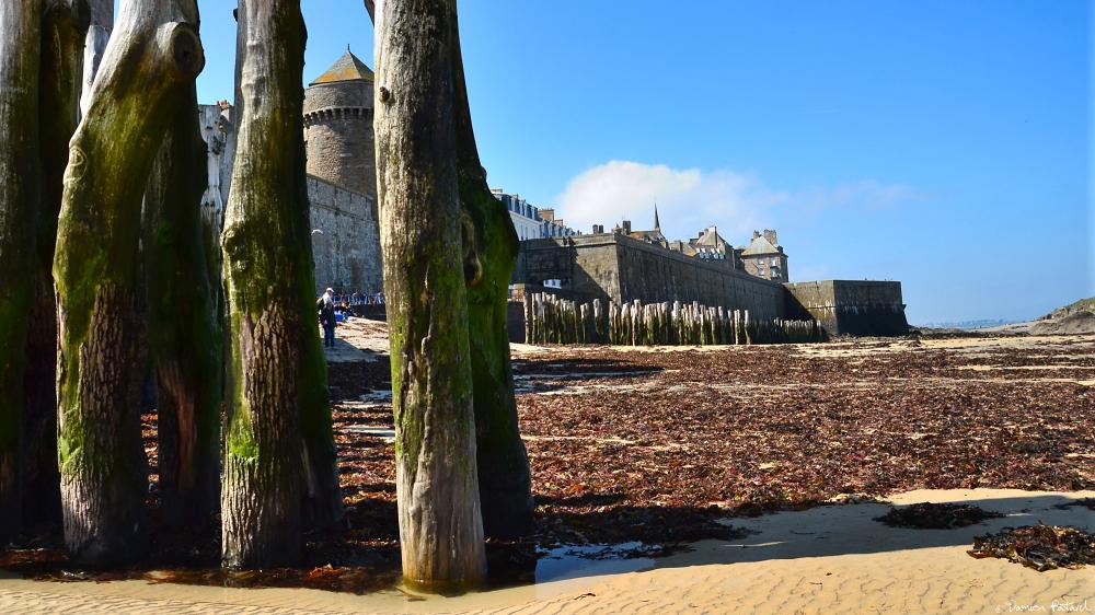 Saint-Malo remparts Bretagne intra-muros