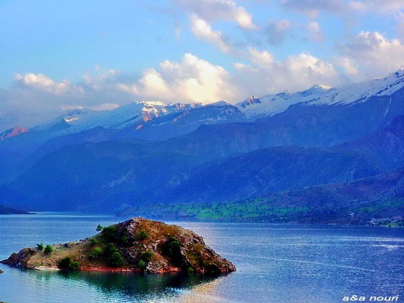 an island in karoon3 dam reservoir lake