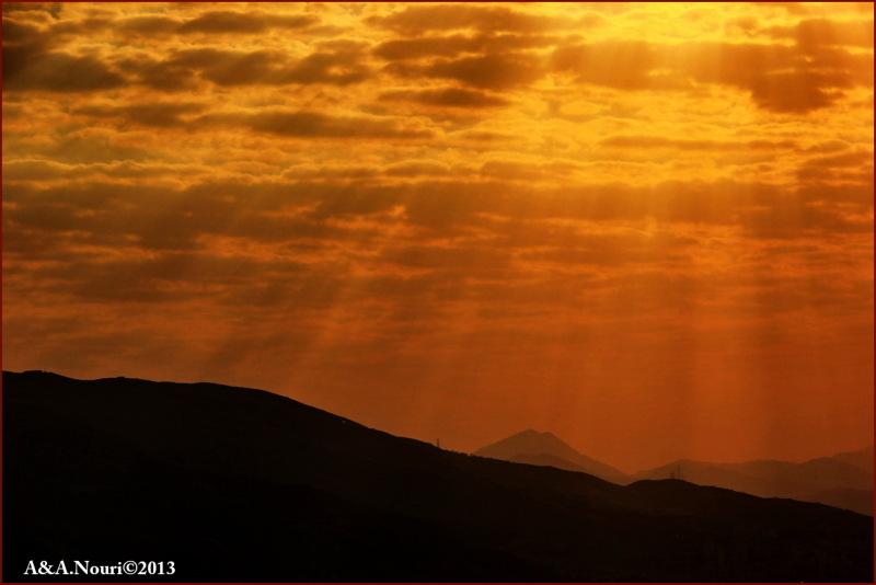sun rays on Damavand