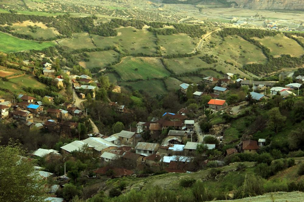 Vezvar village